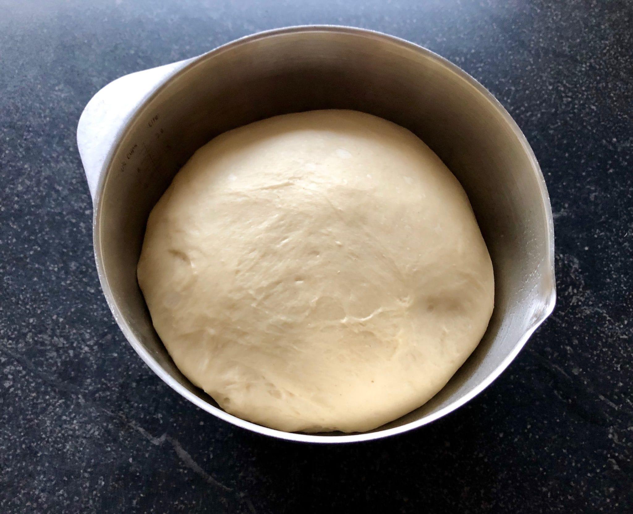 https://meervanmir.eu/suus-bakt-smeuige-kaneelbroodjes