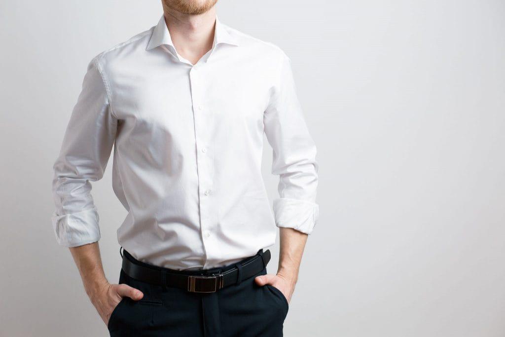 Een wit overhemd: wanneer draag je die nou?