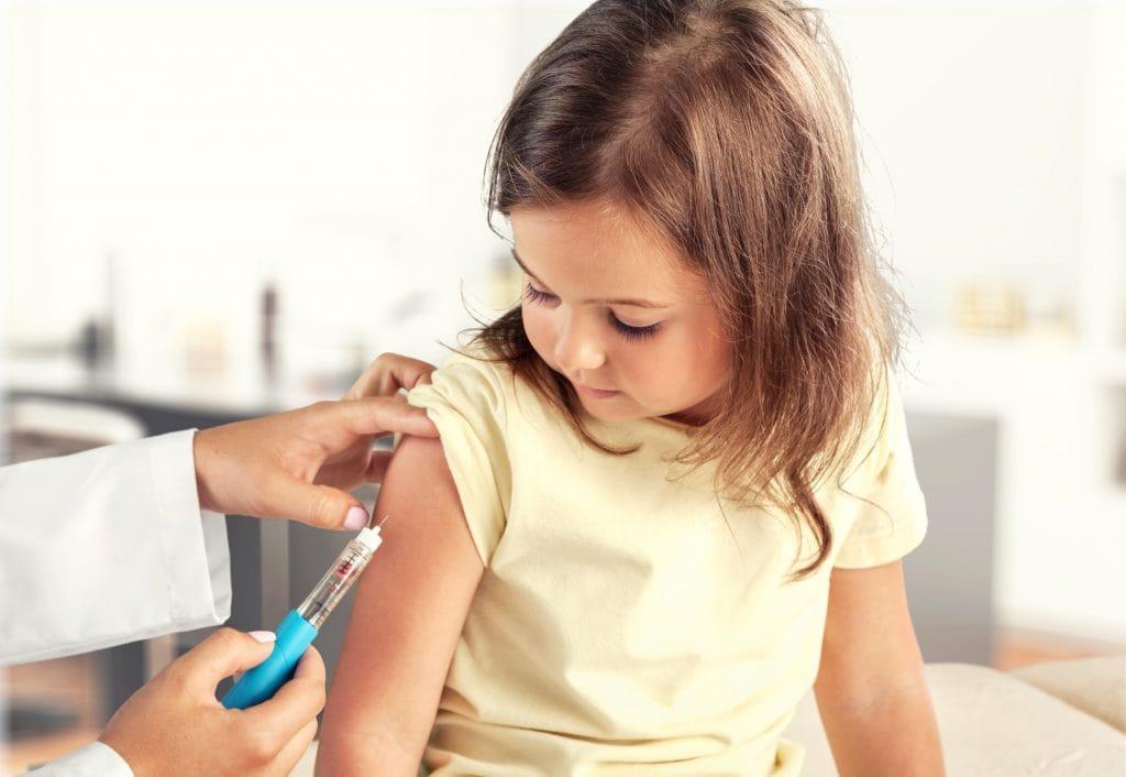 Iets met het beschermen van de kinderen, vaccinatie en Corona