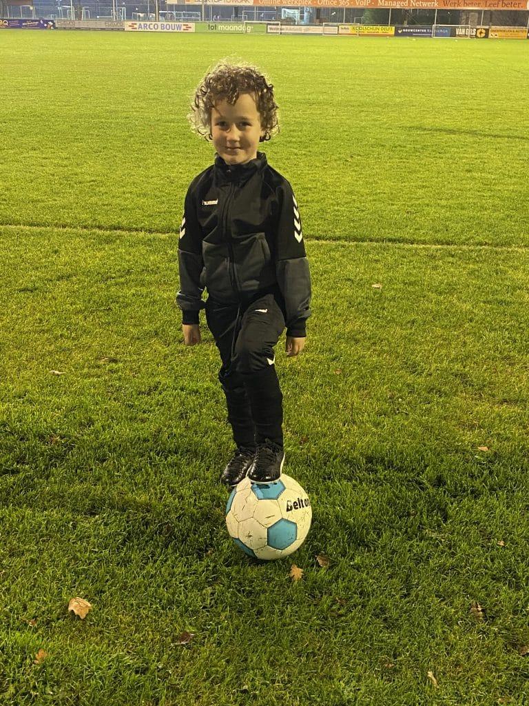 Kleuter Voetbal Meisje