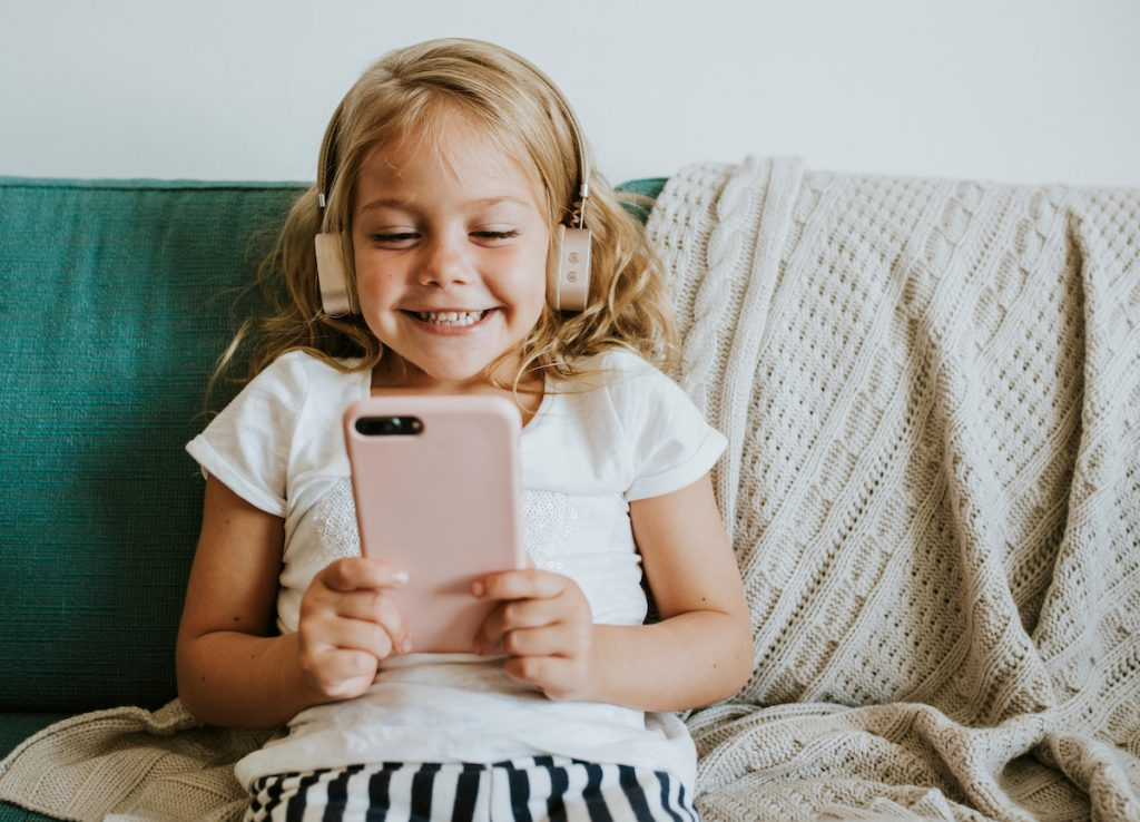 Een mobieltje als afstandsbediening